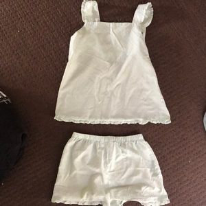 Pajama set with top and pants.Top and pants size14